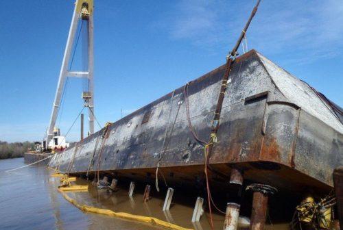 02.08.12.capsizedbarge