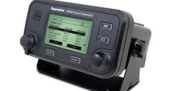 2012_April_Products_Raymarine AIS 950.jpg