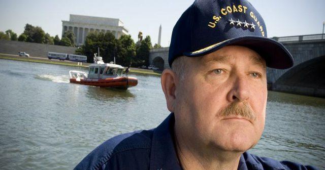 2006_July_admiral_allen.jpg