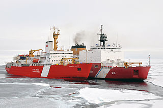 Canadian Coast Guard Ship Louis S. St-Laurent ties up to Coast Guard icebreaker Healy in the Arctic Ocean during an Arctic survey in 2009. Photo: USCG.
