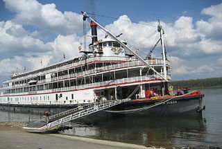The Delta Queen. Creative Commons photo by Shadle.