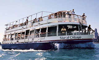 Blount previously built the Star of Chicago for Shoreline Sightseeing. Photo courtesy Shoreline Sightseeing.