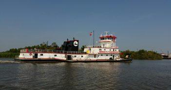 The 9,800-hp Marquette Transportation towboat Rick Calhoun. Gulf Island Fabrication photo