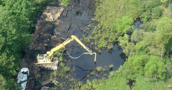 An aerial view of responders at the site of the 2010 Enbridge oil spill near Marshall, Mich. U.S. EPA photo.
