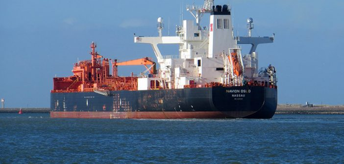 The oil tanker Navion Oslo. Creative Commons photo by Roel Hemkes.