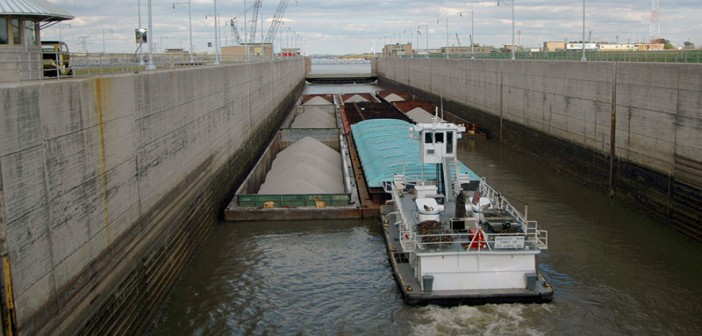 A tow at Locks 27 on the Mississippi River near St. Louis. USACE photo.