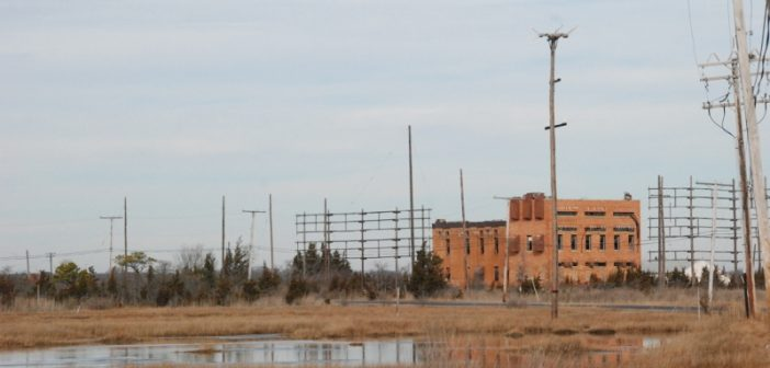 The ruins of AT&T high seas radio station WOO at Ocean Gate, N.J. Kirk Moore photo.