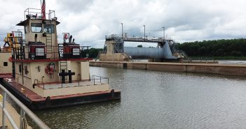 The LaGrange Lock and Dam at Versailles, Ill., is arguably in the poorest shape of any lock in the inland waterways system. Pamela Glass photo.