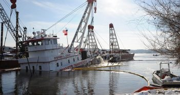 The towboat Stephen L Colby sank on the Mississippi River near LeClaire, Iowa, in 2013. USCG photo.