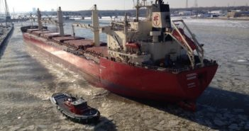 The bulk carrier Federal Hudson moving in icy conditions. Lakes Pilots Association photo.