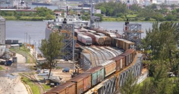 CG Railway 585' double-deck ferries have eight tracks on top and seven tracks on the bottom. CG Railway photo