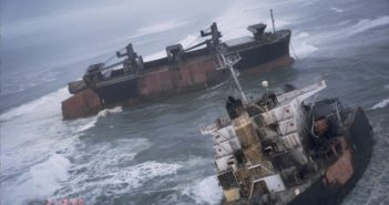 The New Carissa grounding site after the ship broke apart in Coos Bay, Oregon. Image credit: NOAA.