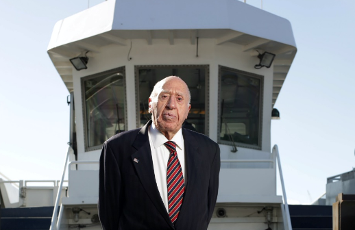 Arthur Imperatore built NY Waterway into an integrated commuter ferry-bus system that has carried nearly 300 million passengers since 1986. NY Waterway photo.